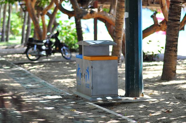 dustbin-1759815_640