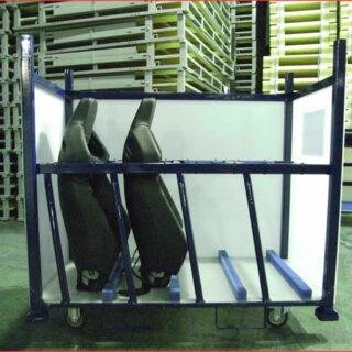 自動車シートの工場内輸送容器