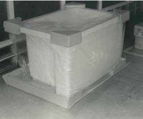 浴槽用段ボール製コーナーブロック アイロップ株式会社